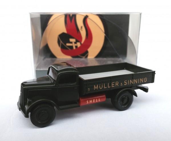 Wiking Opel Blitz Pritschen-LKW mit Gastank Müller & Sinning