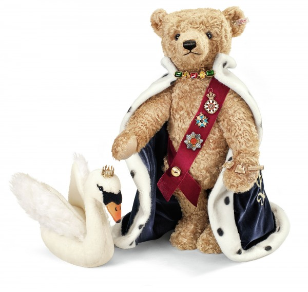 Steiff 673627 Teddybär König Ludwig 60 cm mit Schwan